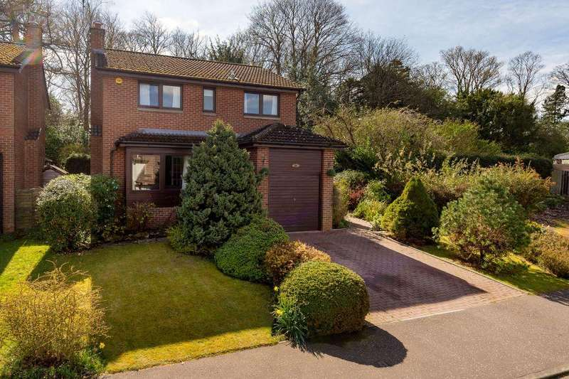 4 Bedrooms Detached House for sale in 86 Woodfield Park, Edinburgh, EH13 0RB