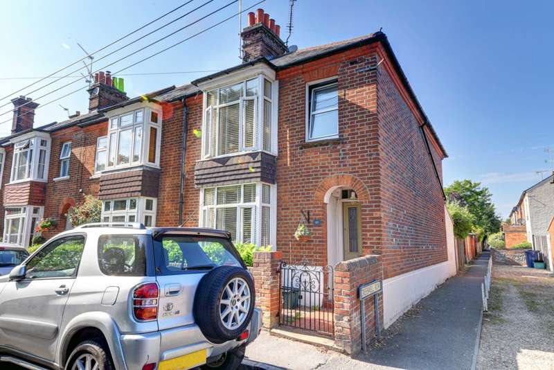3 Bedrooms End Of Terrace House for sale in Central Marlow