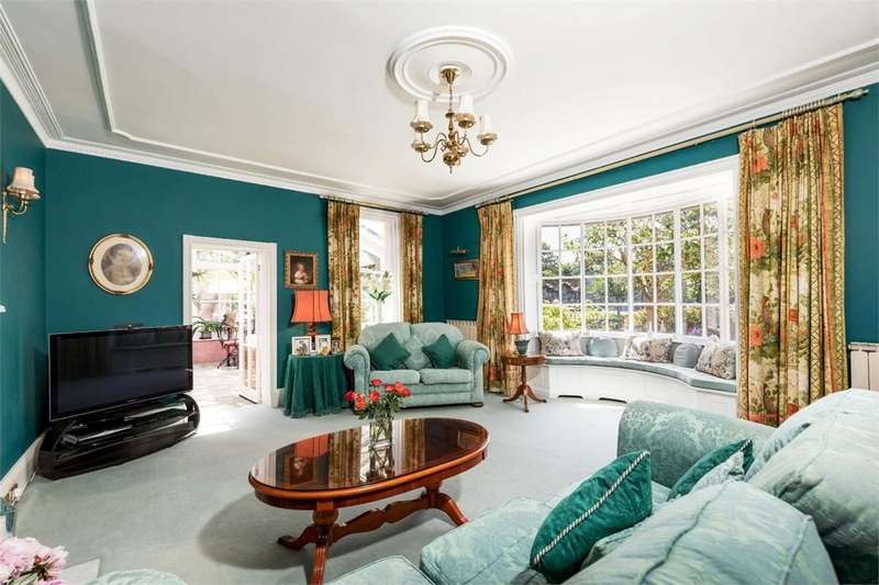 5 Bedrooms Unique Property for sale in Town Centre, Christchurch, BH23