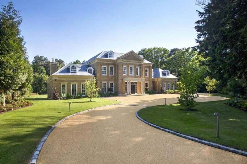 6 Bedrooms Detached House for sale in Cavendish Road, St. George's Hill, Weybridge, Surrey, KT13