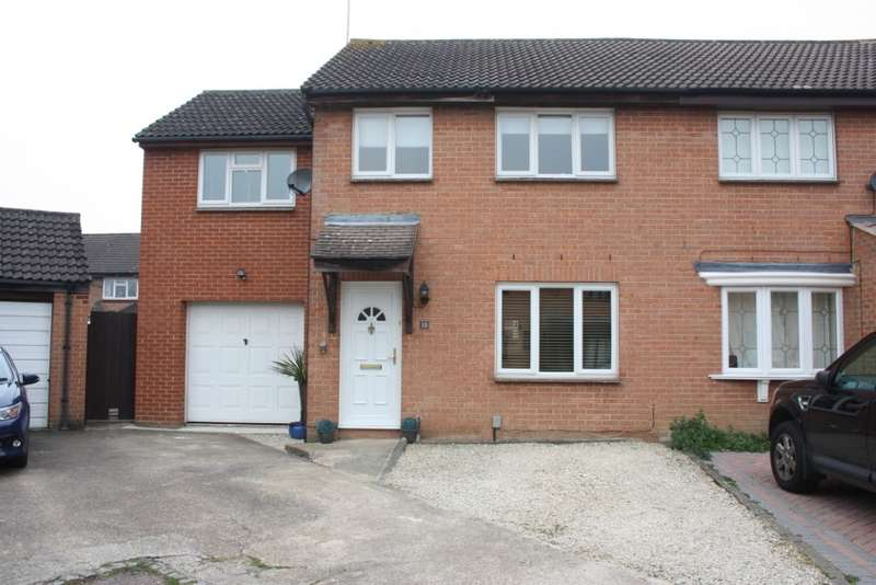 4 Bedrooms Semi Detached House for sale in Burniston Close, Lower Earley, Reading, RG6