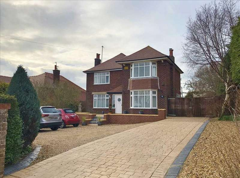 4 Bedrooms House for sale in NEW - Mill Hill, Filey