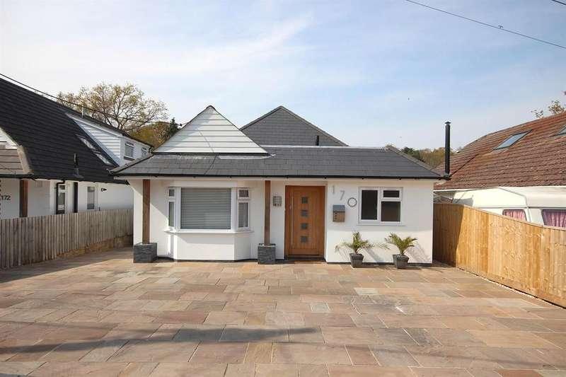4 Bedrooms Detached Bungalow for sale in Clarendon Road, Broadstone