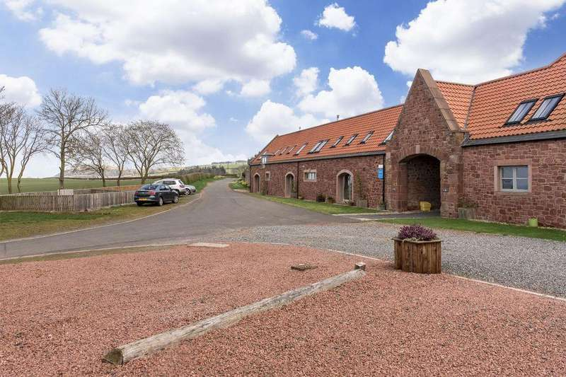 3 Bedrooms Terraced House for sale in The Stables, 4 Little Spott Steading, Dunbar, EH42 1XY