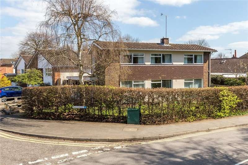 4 Bedrooms Detached House for sale in Pigeonwick, Harpenden, Hertfordshire