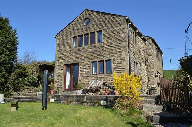 5 Bedrooms Farm House Character Property for sale in Roebuck Lane, Strinesdale, Oldham,OL4 3RA