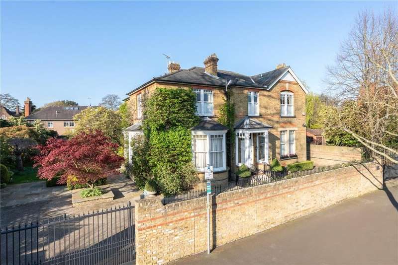 5 Bedrooms Detached House for sale in The Grange, Wimbledon, London, SW19