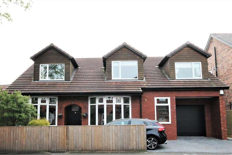 4 Bedrooms Detached House for sale in Hawthorn Avenue, Monton