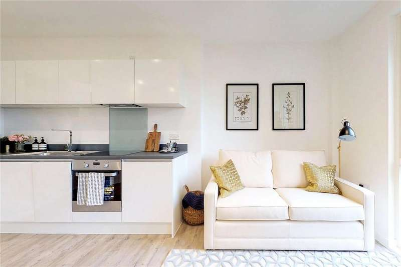 2 Bedrooms Flat for sale in King's Road, Reading, Berkshire, RG1