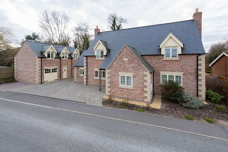 4 Bedrooms Detached House for sale in Church Lane, Moulton, PE12