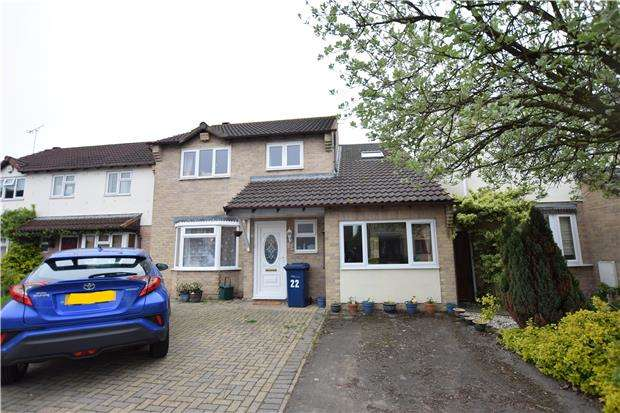 4 Bedrooms Detached House for sale in Stevans Close, Longford, GLOUCESTER, GL2 9AN