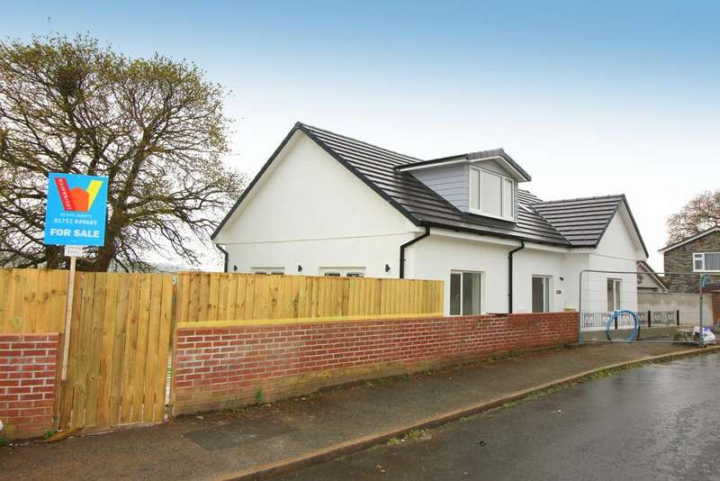 4 Bedrooms Detached Bungalow for sale in Meadow Way, Plymouth
