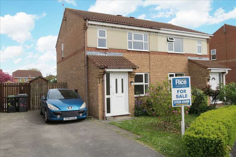 3 Bedrooms Semi Detached House for sale in Cygnet Close, Sleaford