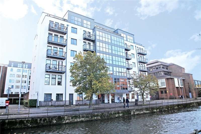 2 Bedrooms Flat for sale in Queens Wharf, 47 Queens Road, Reading, Berkshire, RG1