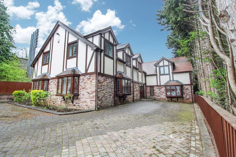 5 Bedrooms Detached House for sale in Old Langstone Court Road, Langstone, Newport, NP18