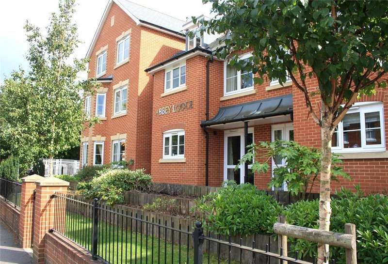 1 Bedroom Flat for sale in Abbey Lodge, Bridge Road, Romsey, Hampshire, SO51