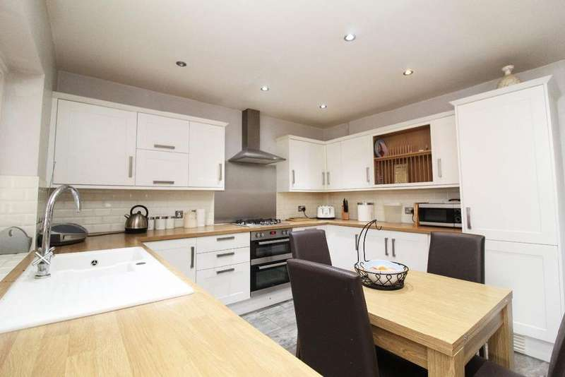 3 Bedrooms Terraced House for sale in Aylesbury Road, Bedford MK41