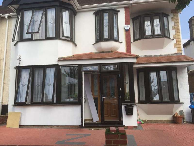 6 Bedrooms Semi Detached House for sale in Sydney Road, Ilford, Essex, IG6