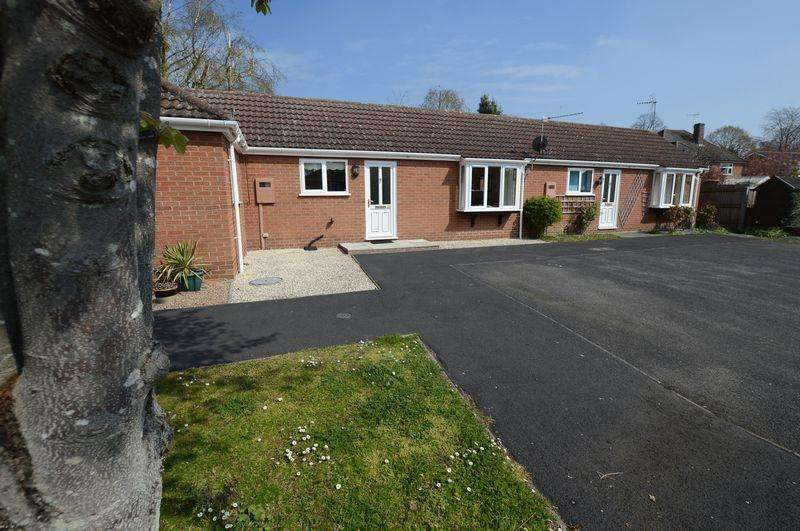 1 Bedroom Terraced Bungalow for sale in 20 Oaklands, Woodhall Spa