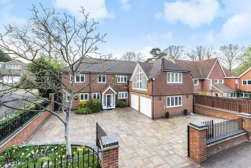 5 Bedrooms Detached House for sale in Sundridge Avenue, Bromley