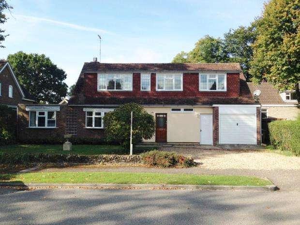 5 Bedrooms Detached House for rent in Windmill Hill, Biddenham