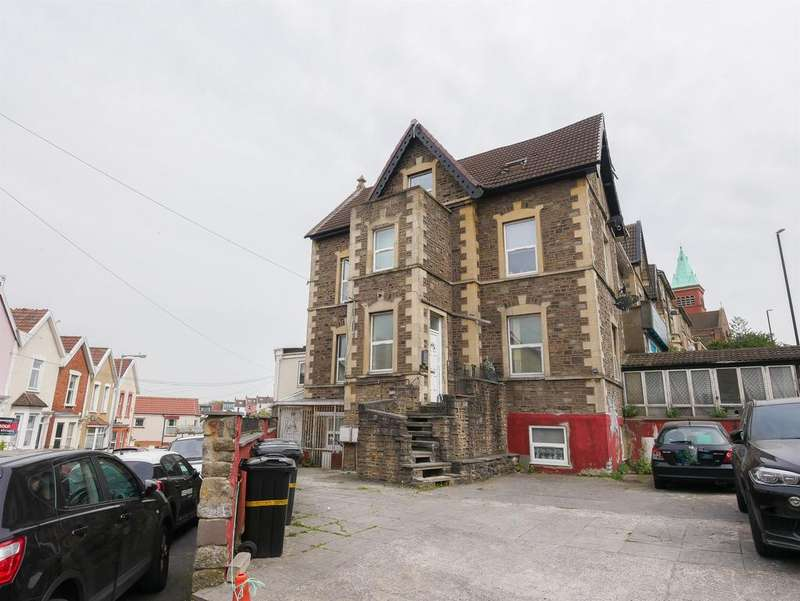 2 Bedrooms Flat for sale in Wells Road, Bristol, BS4 2AG