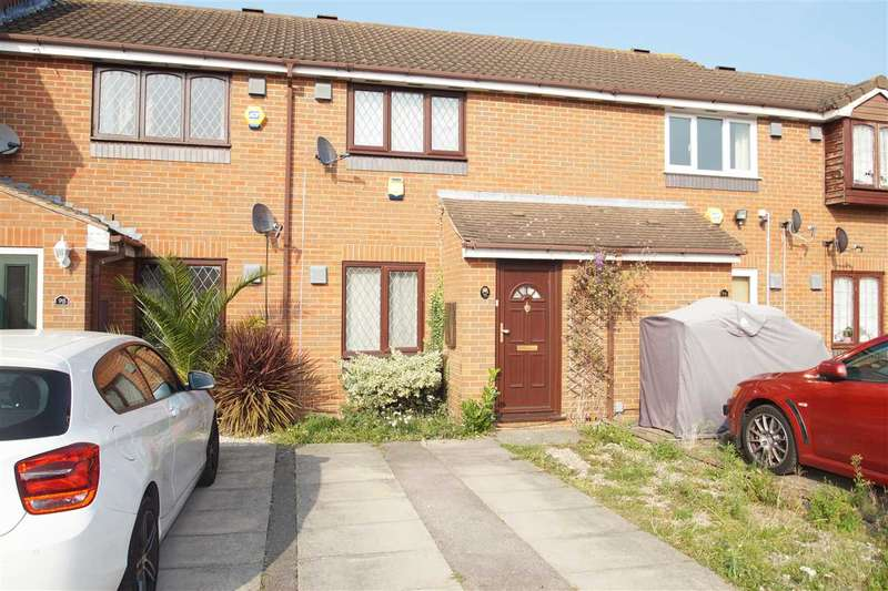 2 Bedrooms Terraced House for sale in Pearl Gardens, Cippenham