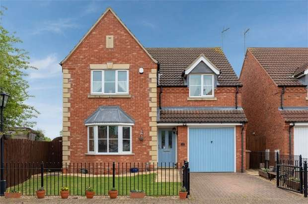 4 Bedrooms Detached House for sale in St Helena Drive, Spalding, Lincolnshire