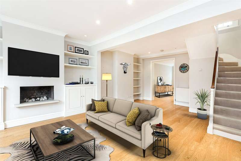 2 Bedrooms Terraced House for sale in Burnsall Street, Chelsea, London, SW3