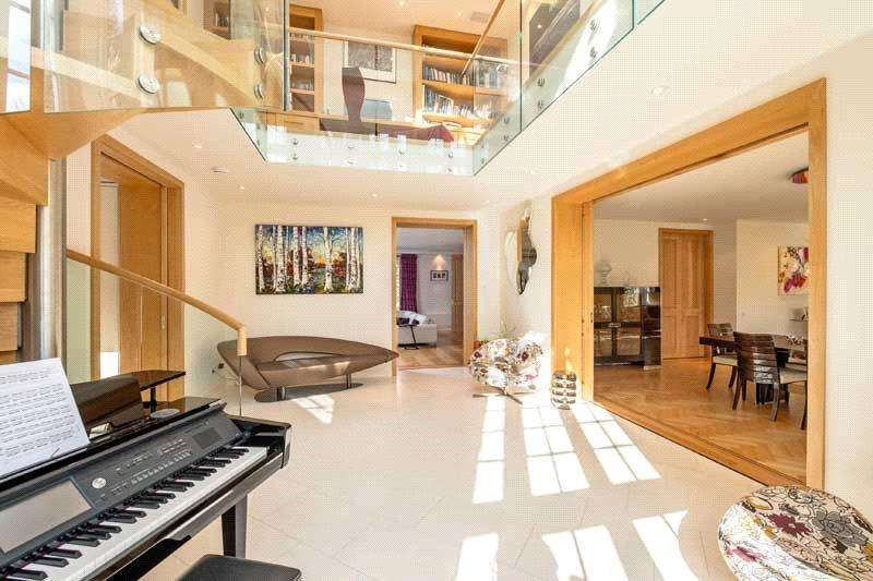 6 Bedrooms Detached House for sale in Maresfield Gardens, London, NW3
