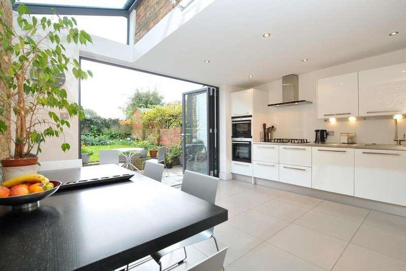 4 Bedrooms Terraced House for sale in Kynaston Road, Stoke Newington