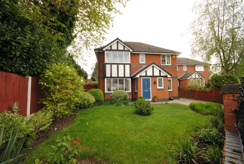 4 Bedrooms Detached House for sale in Woodrush Road, Standish Lower Ground, Wigan