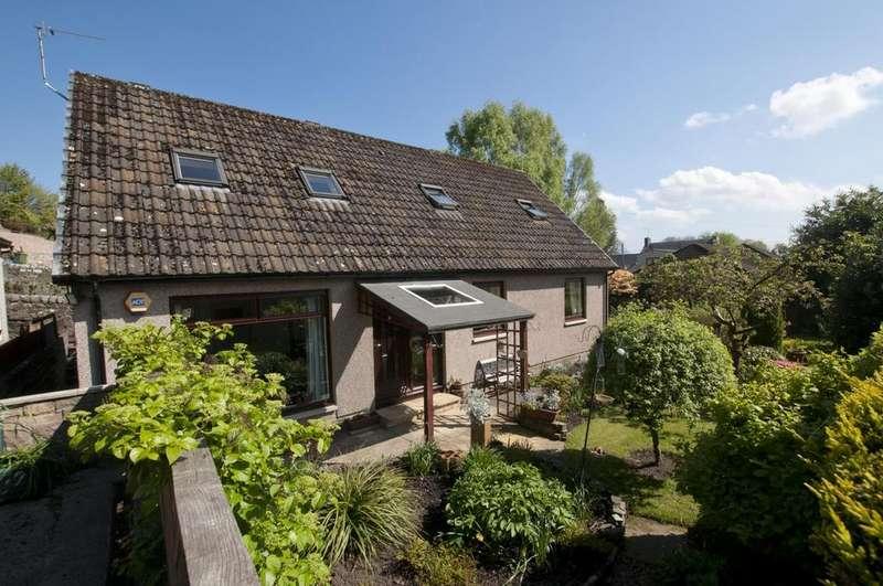 4 Bedrooms Detached House for sale in Daverne Menstrie, Clackmannanshire FK11 7BW, UK