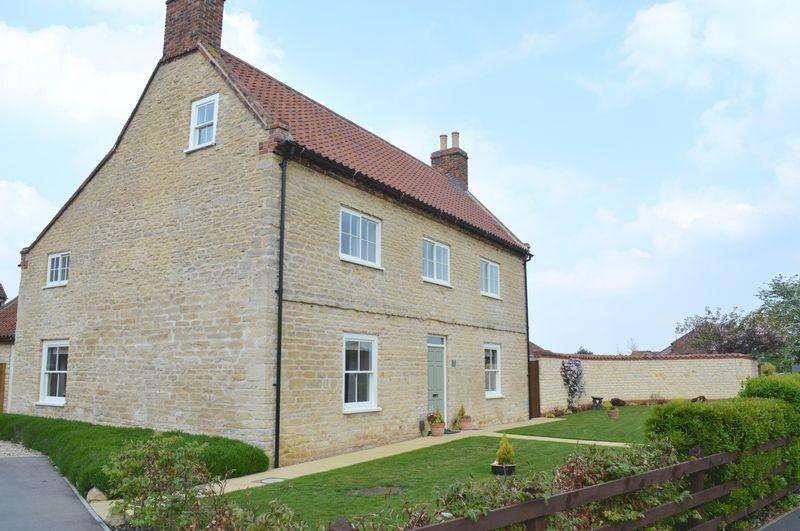 4 Bedrooms House for sale in Wolsey Way, Lincoln