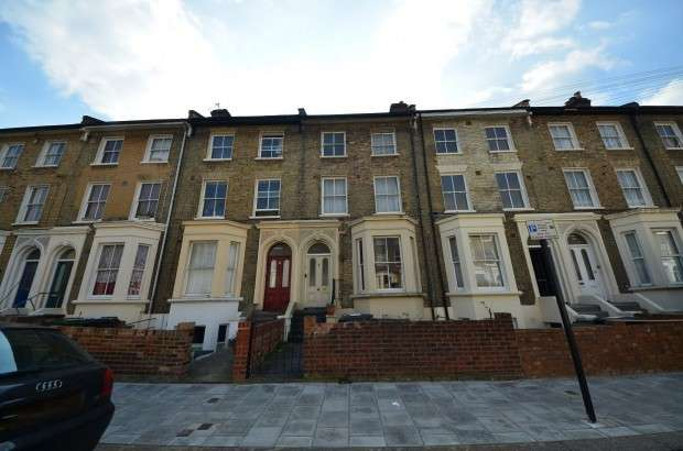 5 Bedrooms Terraced House for sale in Eastlake Road, London, SE5