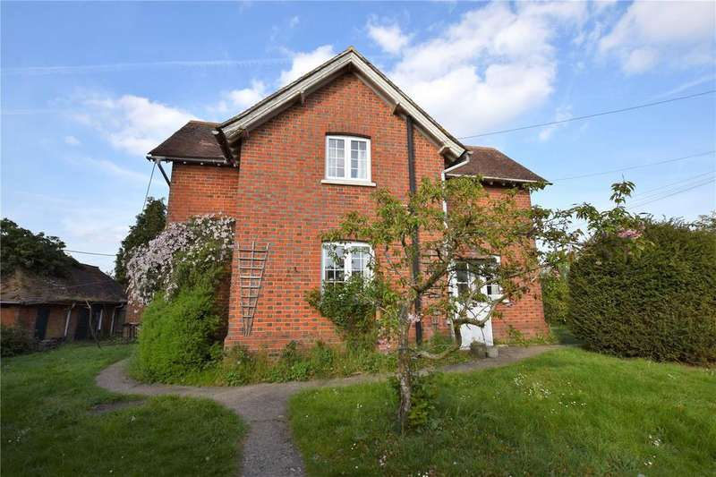 2 Bedrooms Semi Detached House for rent in School Road, Padworth, Reading, RG7