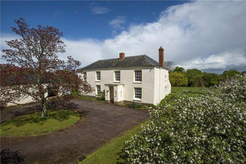 6 Bedrooms Detached House for sale in Ford Street, Wellington, Somerset, TA21