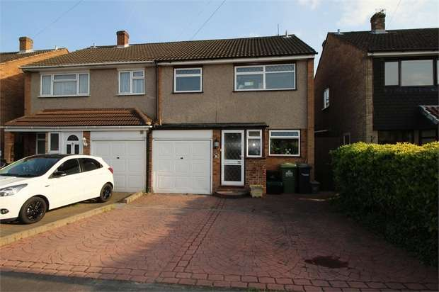 3 Bedrooms Semi Detached House for sale in Ranworth Avenue, Hoddesdon, Hertfordshire