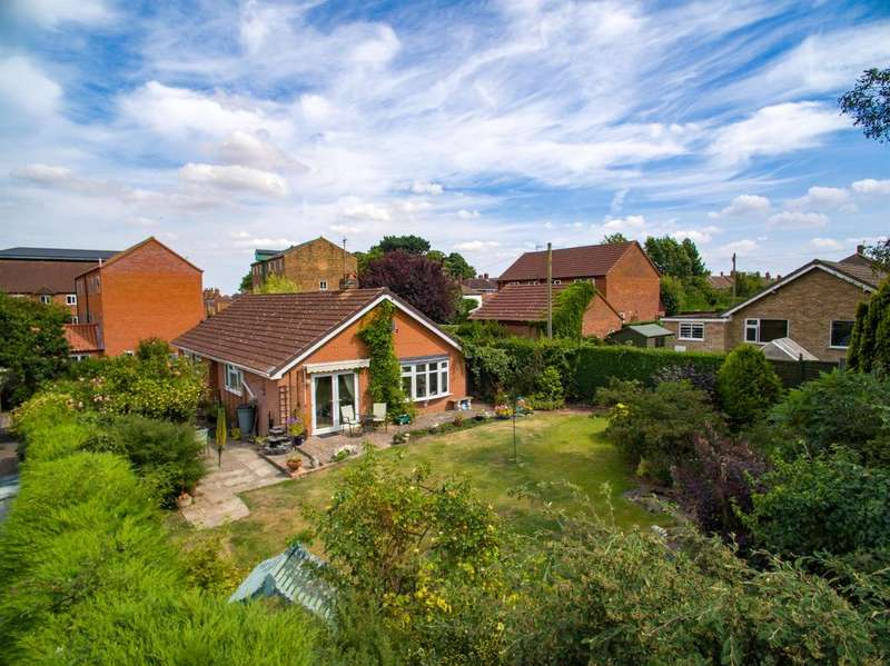 3 Bedrooms Detached Bungalow for sale in Riverside Court, Louth, LN11 7AG