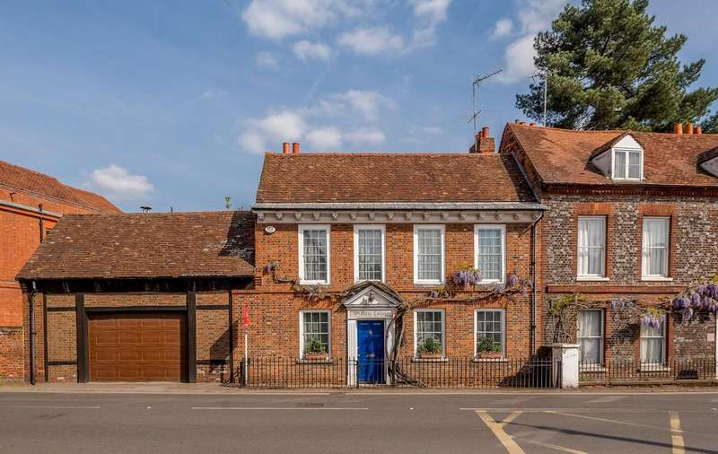 4 Bedrooms Semi Detached House for sale in Sutton Road, Cookham, Berkshire