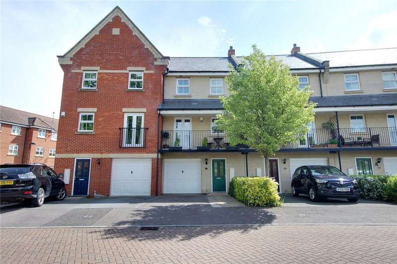 3 Bedrooms Town House for sale in Aphelion Way, Shinfield, Reading, Berkshire, RG2