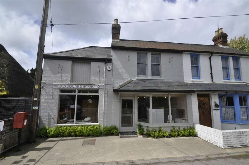 4 Bedrooms Semi Detached House for sale in The Old Pine Store, Breamore