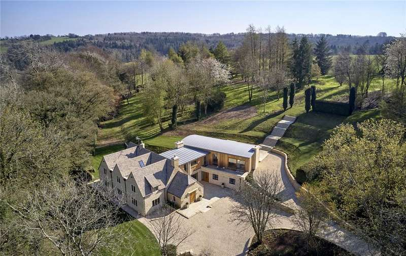 5 Bedrooms Detached House for sale in Cowley, Cheltenham, Gloucestershire, GL53