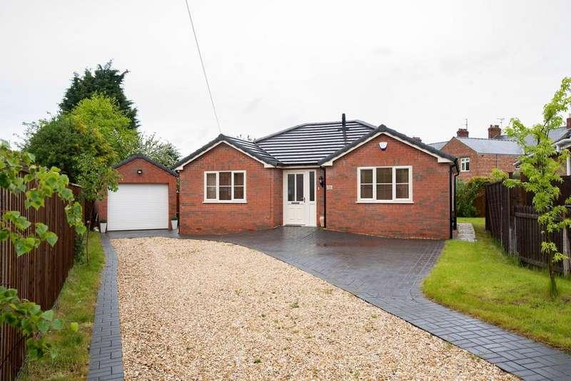 3 Bedrooms Bungalow for sale in Hereward Road, Spalding, PE11
