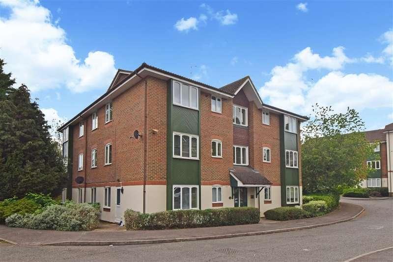 1 Bedroom Flat for sale in Missenden Gardens, Burnham, SL1