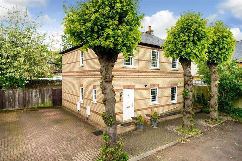 4 Bedrooms Detached House for sale in Oster Street, St Albans, Hertfordshire