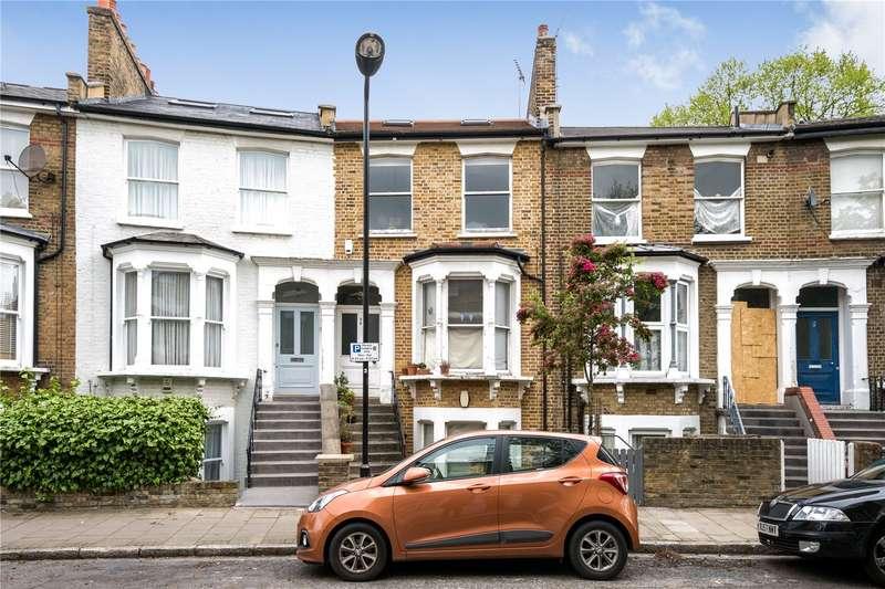 3 Bedrooms Maisonette Flat for sale in Sigdon Road Hackney