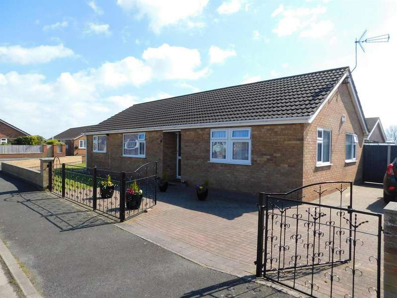 5 Bedrooms Detached Bungalow for sale in Parkinsons Way , Trusthorpe, Mablethorpe, LN12 2QR