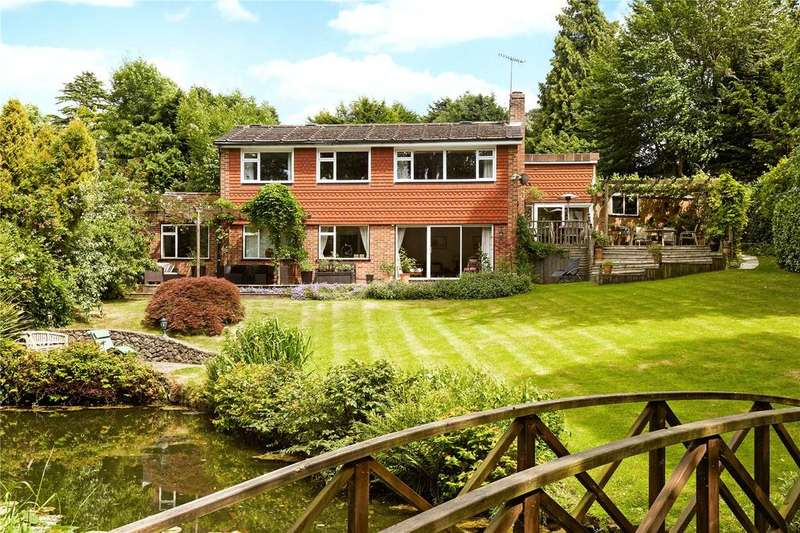 5 Bedrooms Detached House for sale in Harewood Close, Reigate, Surrey, RH2