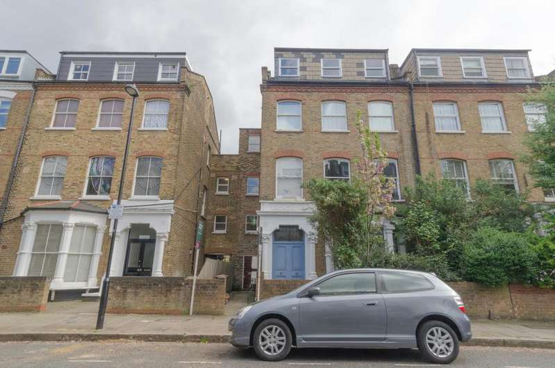 2 Bedrooms Flat for sale in Adolphus Road N4 2AZ